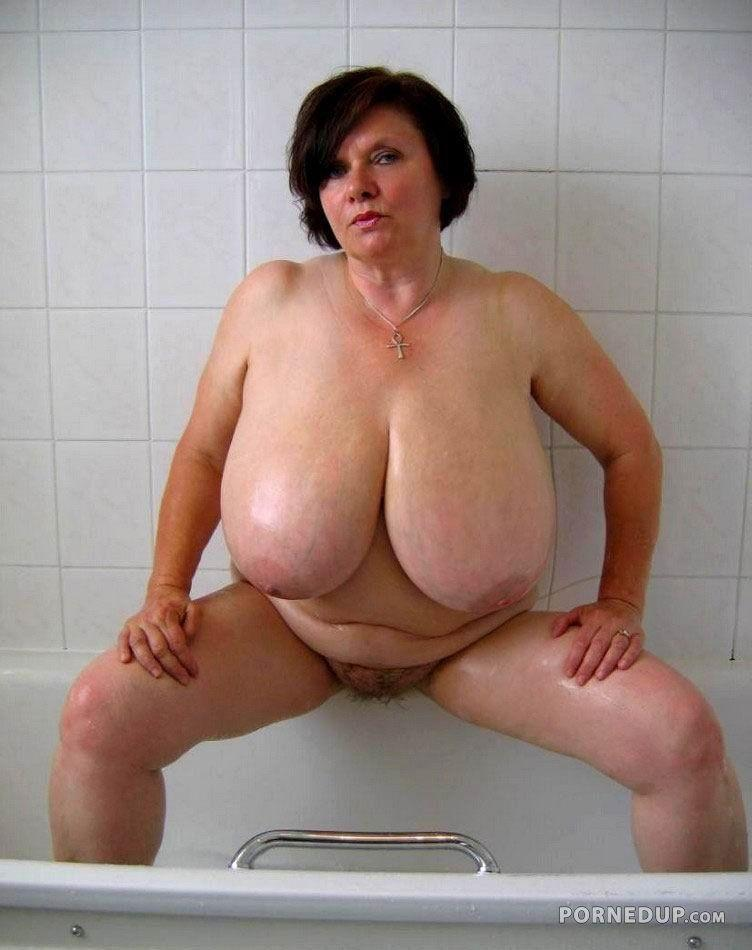 Icecap reccomend older granny plump nude