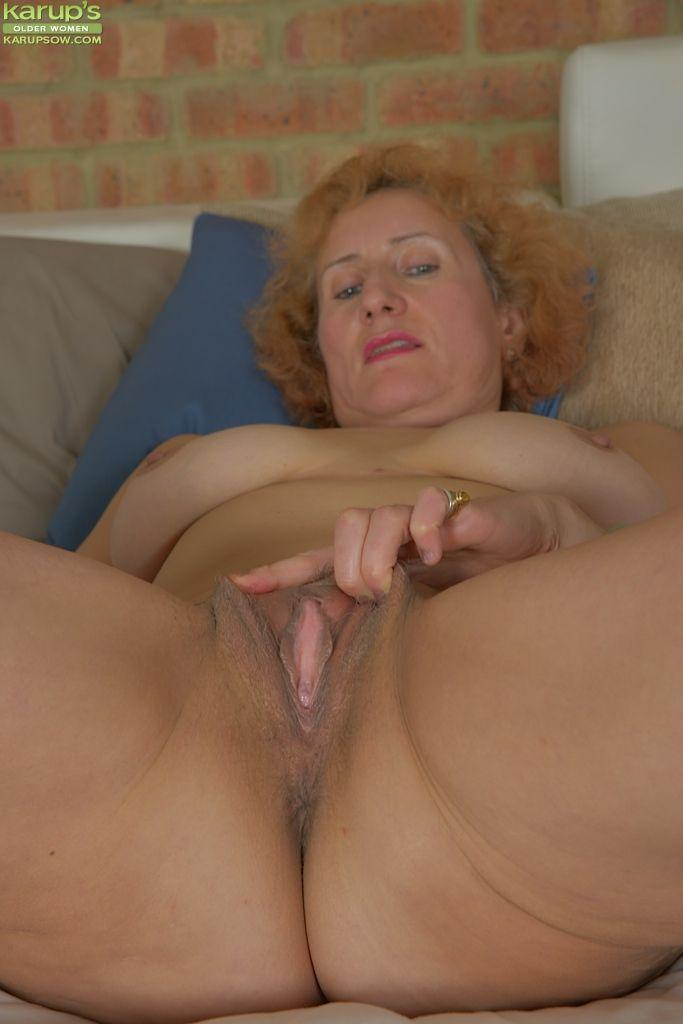 Doctor fingering girl
