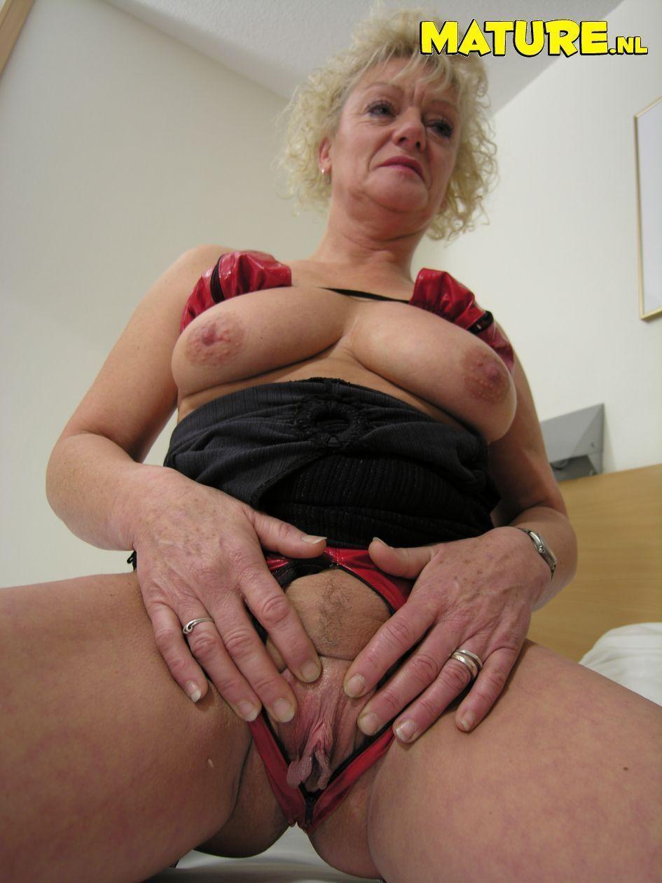 Mature Granny Cunts Top Porn Images Comments 3