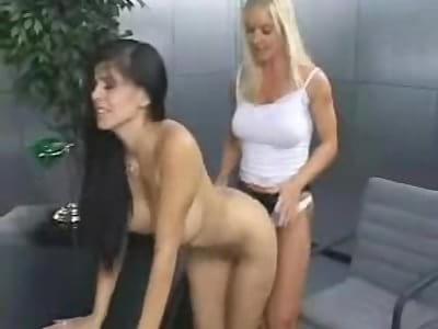 Lesbiyan fuckd fuckd vidya