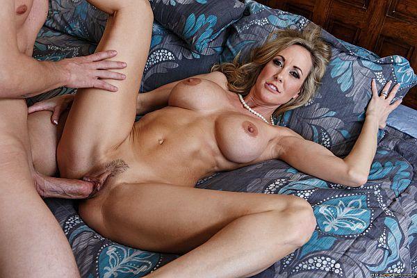 britney-love-porn-doing-crazy