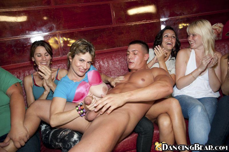 bachelorette party blowjobs