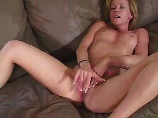 Lesbian sexy fuckd together