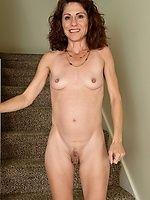 Chick clit huge mature