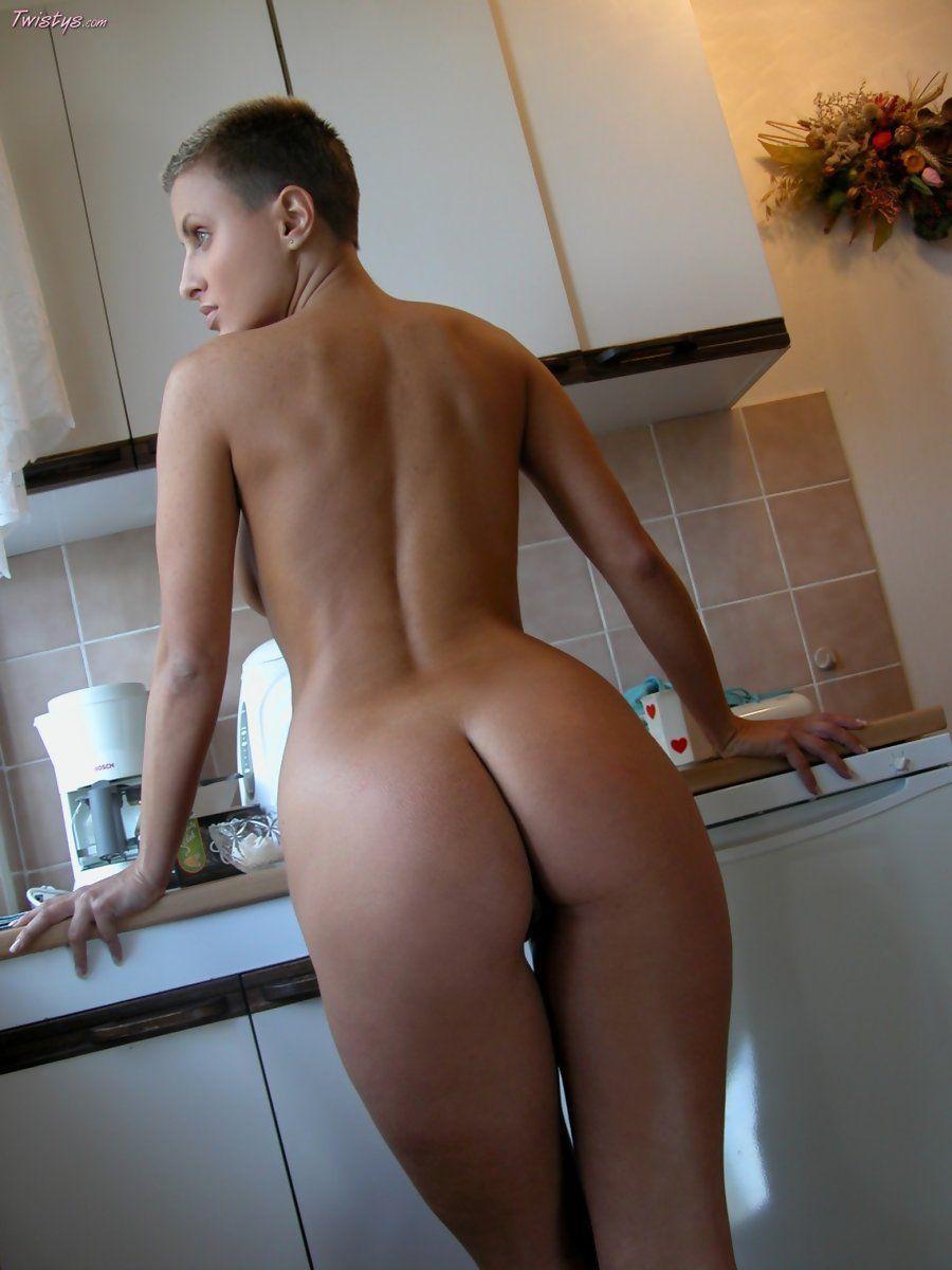 Hot nude tennis babes