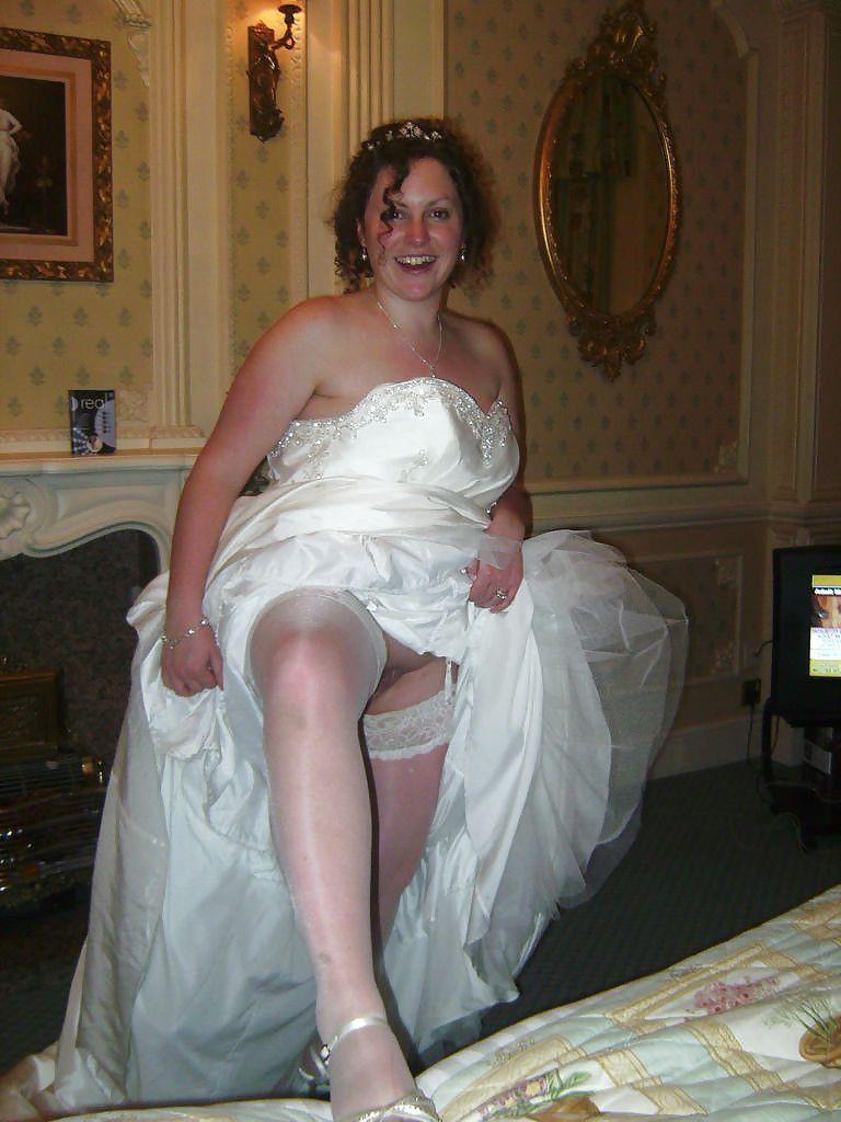 Angelfish reccomend Voyeur wedding pic upskirt sex